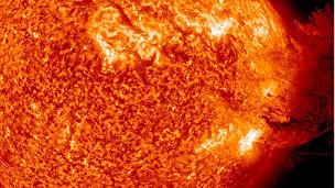 الاســـم:110818234444_sun_storms_304x171_ap_nocredit.jpg المشاهدات: 285 الحجـــم:43.7 كيلوبايت