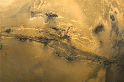اضغط على الصورة لعرض أكبر  الاســـم:mars-vallismarineris.jpg المشاهدات:339 الحجـــم:15.6 كيلوبايت الرقم:1
