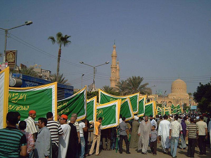 الاســـم:800px-Celebration_of_the_birth_of_St._Ibrahim_Desouki-2.jpg المشاهدات: 127 الحجـــم:93.1 كيلوبايت