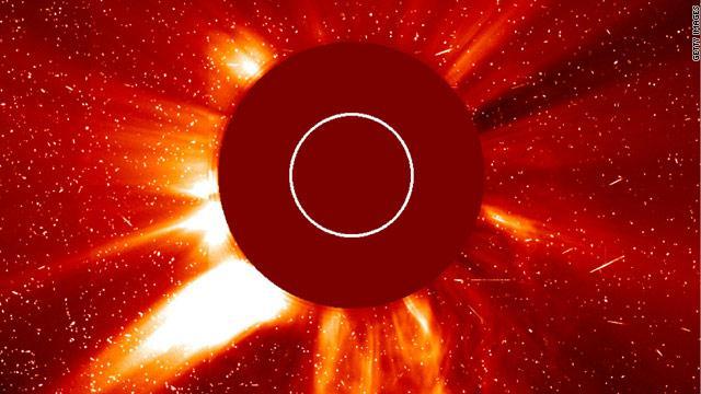 الاســـم:gal.solar.storms.jpg المشاهدات: 197 الحجـــم:39.9 كيلوبايت